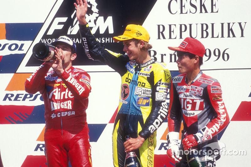 1996: Rossi estreia nas 125cc