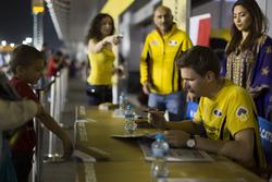 Handtekeningensessie: Hugo Valente, LADA Sport Rosneft, Lada Vesta