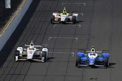 Helio Castroneves, Team Penske Chevrolet; Takuma Sato, Andretti Autosport Honda; Ed Jones, Dale Coyne Racing Honda