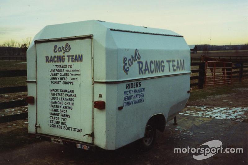Семейная команда так и называлась по имени Хейдена-старшего – Earl's Racing Team.