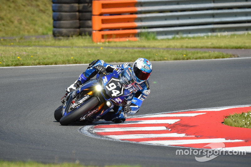 #94 GMT94 YAMAHA, Yamaha R1: David Checa, Niccolo Canepa, Mike Di Meglio