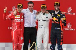 Podium: 1. Valtteri Bottas, Mercedes AMG F1; 2. Sebastian Vettel, Ferrari; 3. Daniel Ricciardo, Red