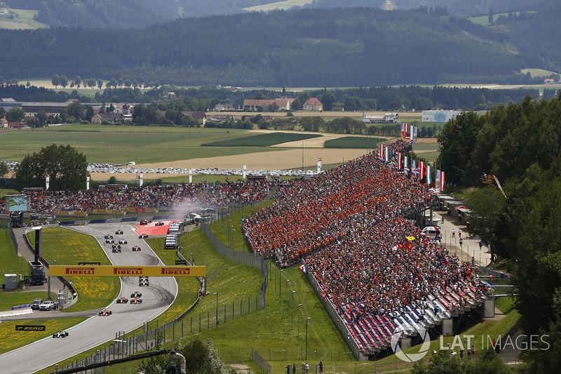Валттери Боттас, Mercedes AMG F1 W08, Себастьян Феттель, Ferrari SF70H, Даниэль Риккардо, Red Bull R
