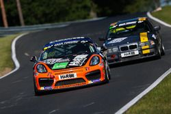 Moritz Gusenbauer, Daniel Bohr, Fabio Grosse, Porsche Cayman GT4 Clubsport