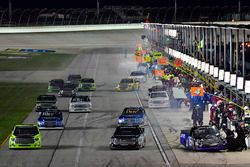 Ryan Truex, Hattori Racing Enterprises Toyota and the rest of the field make pit stops