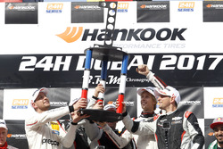 Podium: Race winner #911 Herberth Motorsport Porsche 991 GT3 R: Daniel Allemann, Ralf Bohn, Robert Renauer, Alfred Renauer, Brendon Hartley with trophy