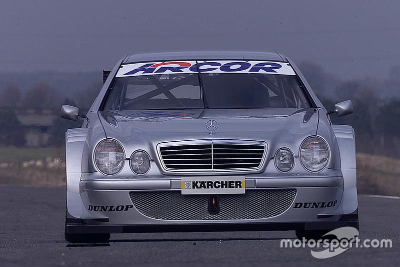 Bernd Schneider and Klaus Ludwig, uji coba Mercedes CLK, HWA AG