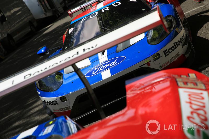 Автомобиль Ford GT команды Ford Chip Ganassi Racing, фрагмент