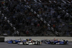 Scott Dixon, Chip Ganassi Racing Honda, Will Power, Team Penske Chevrolet