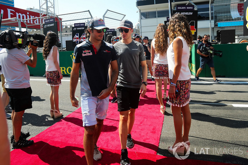 Carlos Sainz Jr., Scuderia Toro Rosso y Stoffel Vandoorne, McLaren