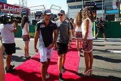 Carlos Sainz Jr., Scuderia Toro Rosso and Stoffel Vandoorne, McLaren