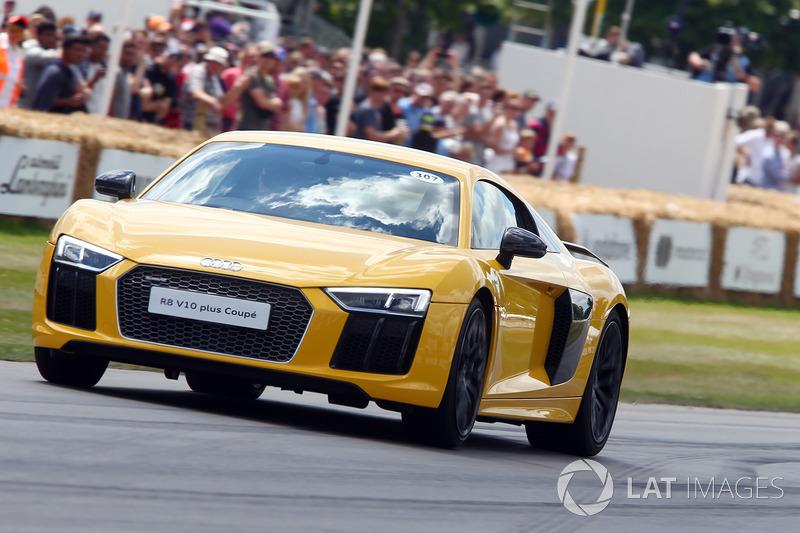 Кріс Ворд, Audi R8 V10