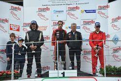 Podio Gara 2: il vincitore Ivan Bellarosa, Avelon Formula, il secondo classificato Michele Liguori, Progetto Corsa, il terzo classificato Ranieri Randaccio, SCI Team