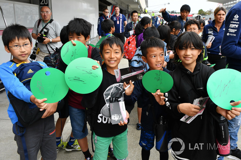 Young fans