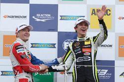Podium: Race winner Lando Norris, Carlin, Dallara F317 - Volkswagen, second place Jake Dennis, Carli