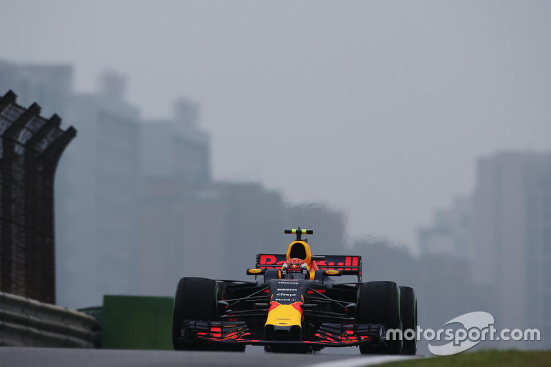 Verstappen shows discontent after being held up by Grosjean