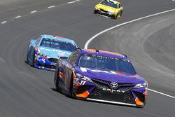 Denny Hamlin, Joe Gibbs Racing Toyota and Aric Almirola, Richard Petty Motorsports Ford