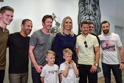 Josef Newgarden, Tony Kanaan, Scott Dixon, Marco Andretti, Conor Daly and James Hinchcliffe with Sus