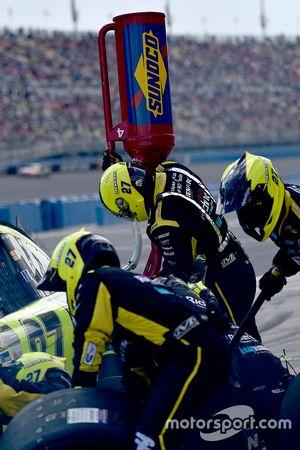Paul Menard, Richard Childress Racing Chevrolet pit stop