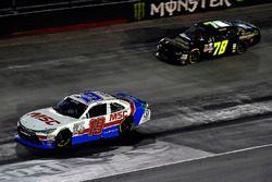 Matt Tifft, Joe Gibbs Racing Toyota e Tommy Joe Martins, Chevrolet Camaro