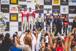 Подиум: обладатели второго места Андреас Миккельсен и Андерс Егер, Citroën World Rally Team