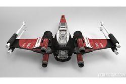 Star Wars X-Wing con livrea Ferrari