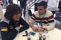 Marco Matassa, ingeniero de pista de Carlos Sainz, es entrevistado por Motorsport.com