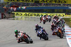 Eugene Laverty, Milwaukee Aprilia World Superbike Team, Alex Lowes, Pata Yamaha, Stefan Bradl, Honda World Superbike Team