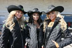 Lovery grid girls