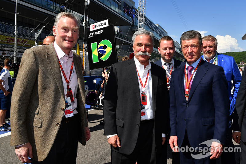 Sean Bratches, Formula One Managing Director, Commercial Operations, Chase Carey, Chief Executive Officer and Executive Chairman of the Formula One Group and Dmitry Kozak, Deputy Prime Minister of the Russian Federation
