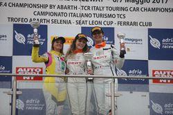 Gara 1, podio femminile ST Cupra Cup