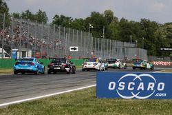 Arrancada Mehdi Bennani, Sébastien Loeb Racing, Citroën C-Elysée WTCC líder