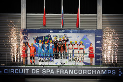 Podio LMP2: al primo posto Roman Rusinov, Pierre Thiriet, Alex Lynn, G-Drive Racing, al secondo post