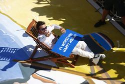 Fernando Alonso, McLaren, wishes everybody a happy holiday after the race