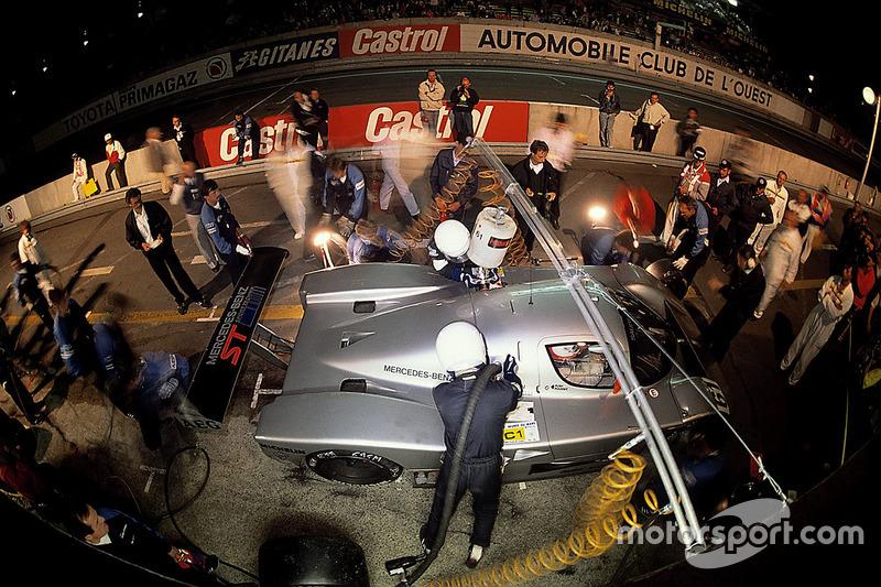 #61 Team Sauber Mercedes, Sauber C9 Mercedes-Benz: Mauro Baldi, Kenny Acheson, Gianfranco Brancatell