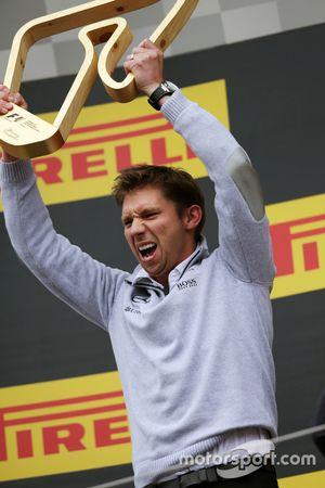 James Vowles, Chef de la Stratégie Mercedes AMG F1 sur le podium