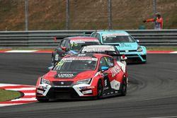 James Nash, Seat Leon, Team Craft-Bamboo LUKOIL; Gianni Morbidelli, Honda Civic TCR, WestCoast Racin