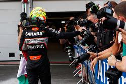 Sergio Pérez, Sahara Force India F1 fête sa troisième place dans le Parc Fermé