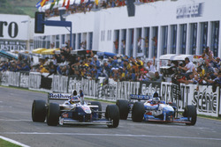 Jacques Villeneuve, Williams FW19 Renault win the Championship