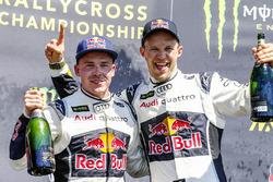 Podio: il vincitore Mattias Ekström, EKS RX e il secondo Toomas Heikkinen, EKS RX