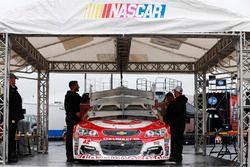 Kyle Larson, Chip Ganassi Racing Chevrolet, ispezione