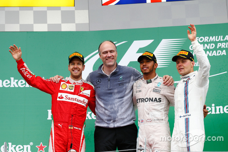 Podyum: 2. Sebastian Vettel, Ferrari; 1. Lewis Hamilton, Mercedes AMG F1; 3. Valtteri Bottas, Willia