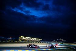 #41 Greaves Motorsport Ligier JSP2 Nissan: Memo Rojas, Julien Canal, Nathanael Berthon and #1 Porsch