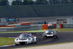 #17 KÜS TEAM75 Bernhard, Porsche 911 GT3 R: David Jahn, Matteo Cairoli