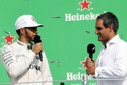 Podium: 1. Lewis Hamilton, Mercedes AMG F1, mit Juan Pablo Montoya