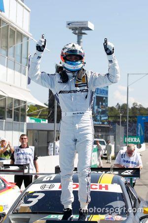 Race winner Paul Di Resta, Mercedes-AMG Team HWA, Mercedes-AMG C63 DTM