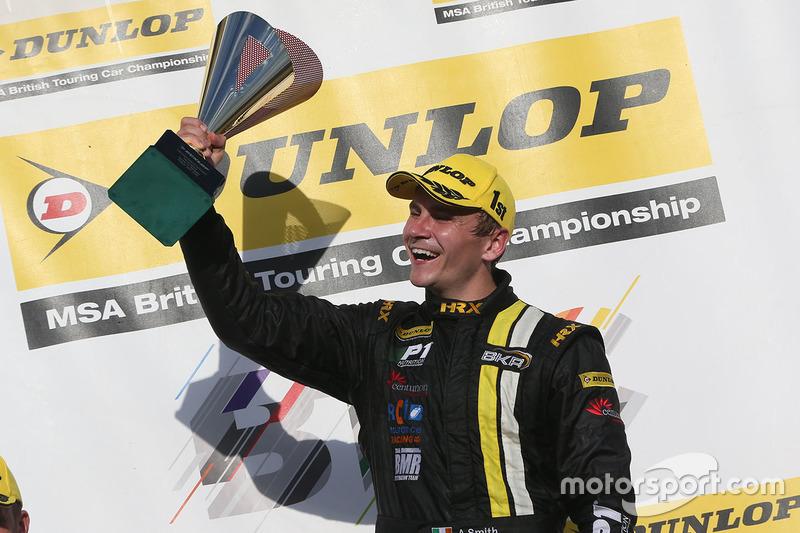 Podium: Race winner, Aron Smith, BKR