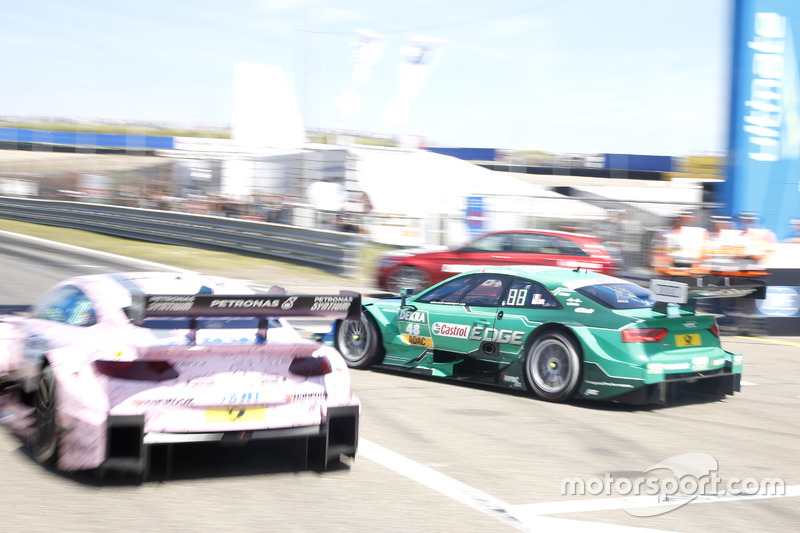 Christian Vietoris, Mercedes-AMG Team Mücke, Mercedes-AMG C63 DTM and Edoardo Mortara, Audi Sport Team Abt Sportsline, Audi RS 5 DTM on the pit exit