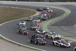 #58 Garage 59, McLaren 650S GT3: Rob Bell, Alvaro Parente