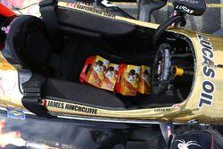 Des Timbits dans la voiture de James Hinchcliffe, Schmidt Peterson Motorsports Honda